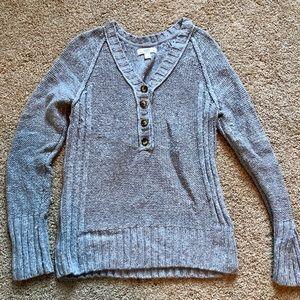 Chunky gray v-neck sweater